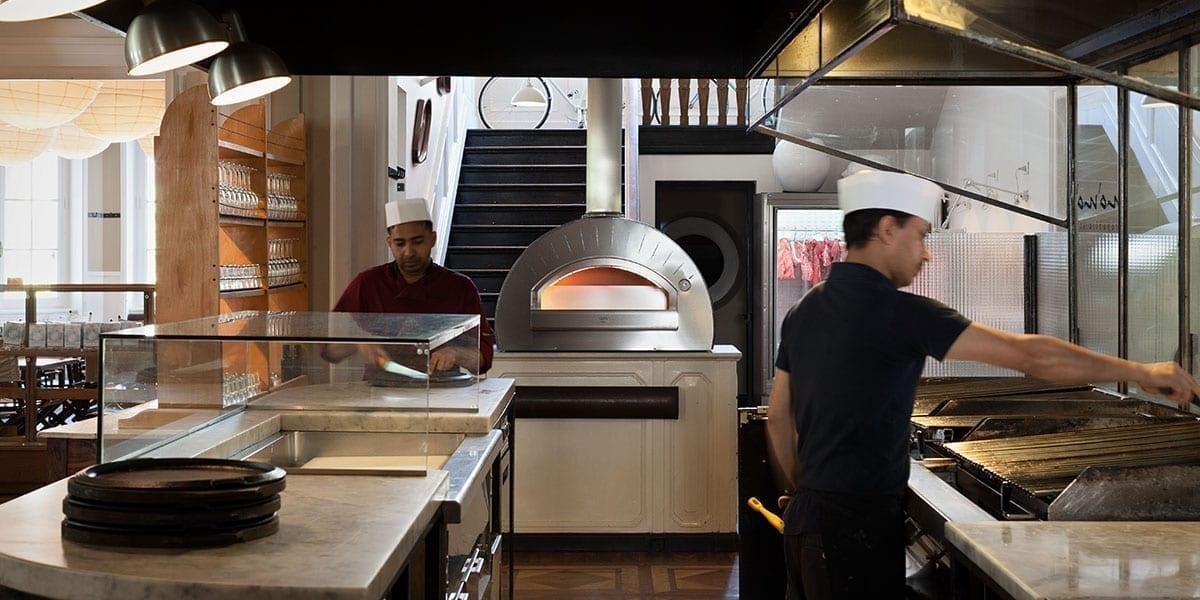 Come scegliere un forno per pizzeria alfa forni professional - Forno per la pizza ...